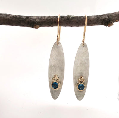 White and Gold Long Ellipse Earrings