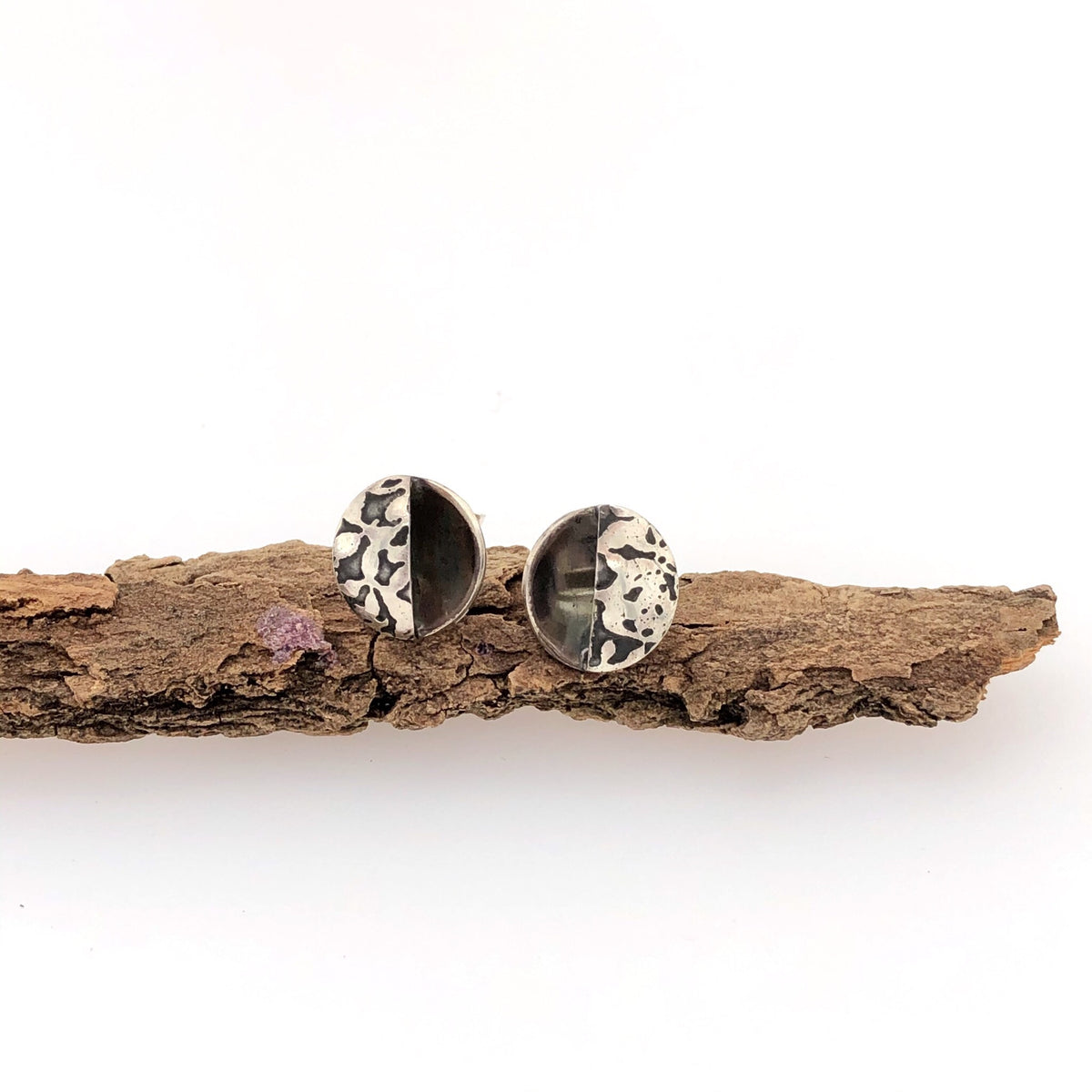 Contrasting Florals Black Open Studs
