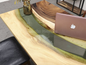 Resin Wood Table