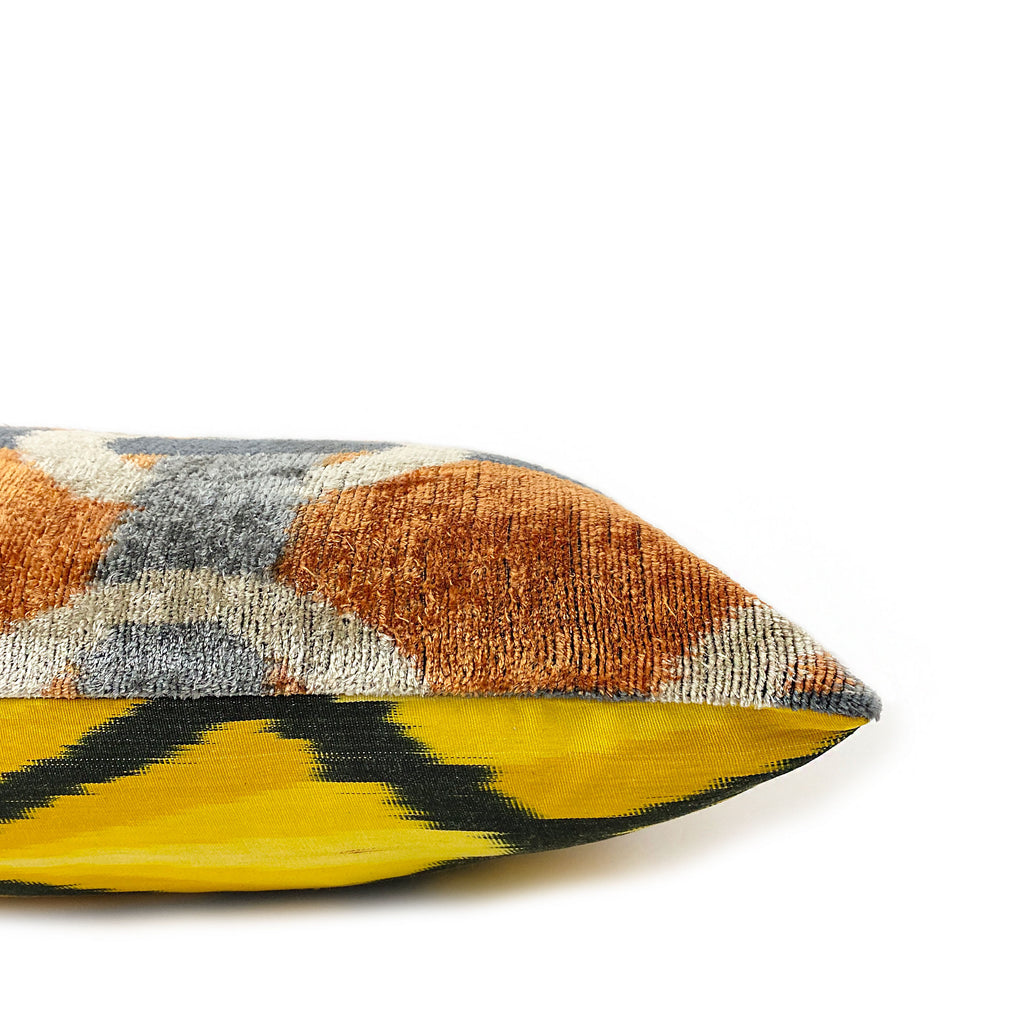 Chaine Ikat Lumbar Pillow - H+E Goods Company