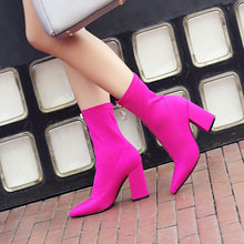 Load image into Gallery viewer, Lama Chunky Heel Ankle Boots