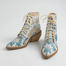 Load image into Gallery viewer, Madilyn Handmade Retro Embroidery Booties