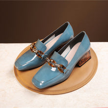 Load image into Gallery viewer, Eldora Low Heel Loafers with Meta Decoration