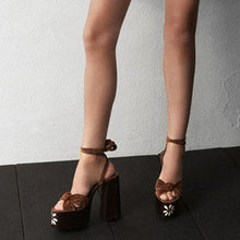 Load image into Gallery viewer, Karina Platform Strappy Sandals