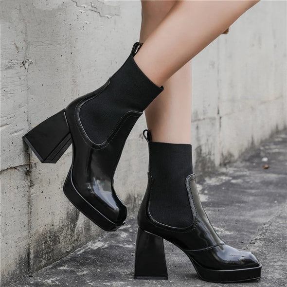 Toby Chunky Heel Chelsea Boots