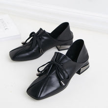 Load image into Gallery viewer, Monaako Vintage Square Toe Low Heel Pumps