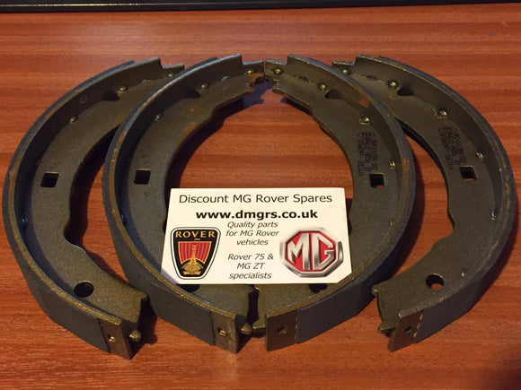 MG ZT260 / Rover 75 V8 Rear Brake Shoes - Borg& Beck SFS000070