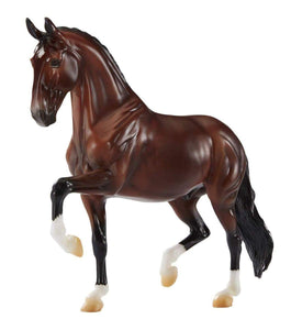 Breyer Verdades Dressage Traditional Horse