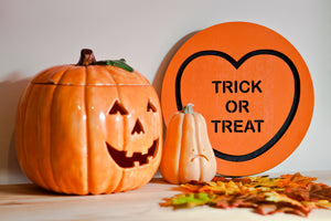 Halloween Candy Heart Wall Hanging - Trick Or Treat