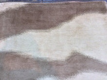 Load image into Gallery viewer, Contemporary 6 x 9 Beige Discount Rug #39140