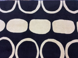 Contemporary 5 x 8 Black, Ivory Rug #10892