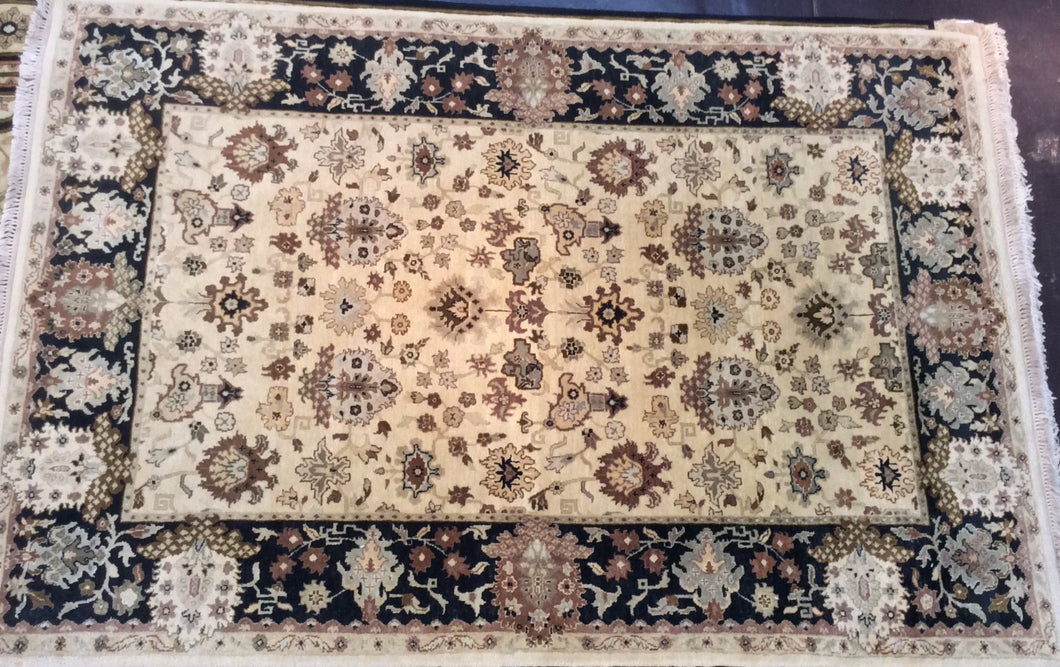 Traditional 6 x 9 Beige Black Rug #5950