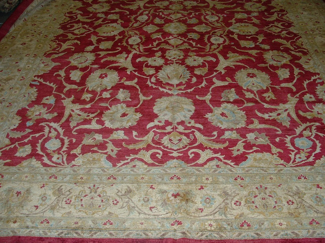 Traditional 10 x 13 Red, Ivory Rug #29133