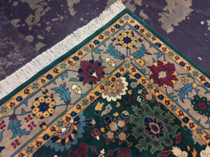 Traditional 9 x 12 Green Rug #51039