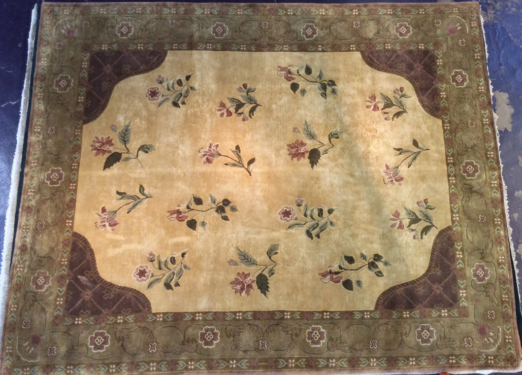 Traditional 8 x 10 Black Rug #13892