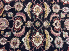 Load image into Gallery viewer, Oriental 6 x 9 Black Rug #20090