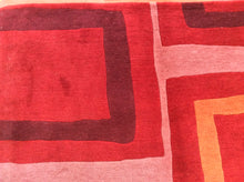 Load image into Gallery viewer, Contemporary 6 x 8 Red Rug #19420