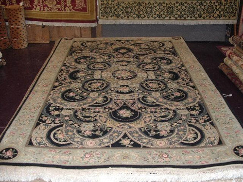 Traditional 6 x 9 Black, Green Rug #51365