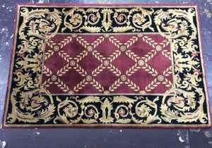 Traditional 4 x 6 Red Rug #17721