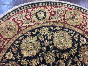 Traditional 8 x 8 Black, Red Rug #4001
