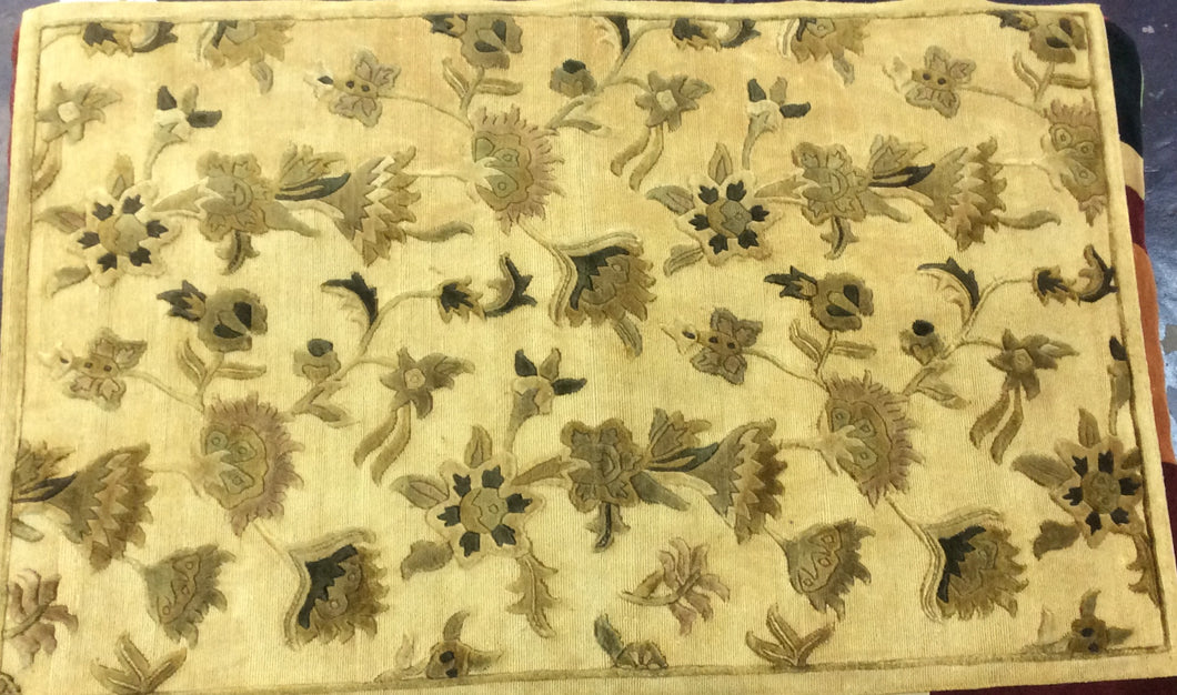 Contemporary 5 x 8 Gold Discount Rug #15382