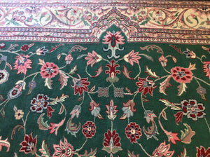 Traditional 12 x 15 Green Rug #7680