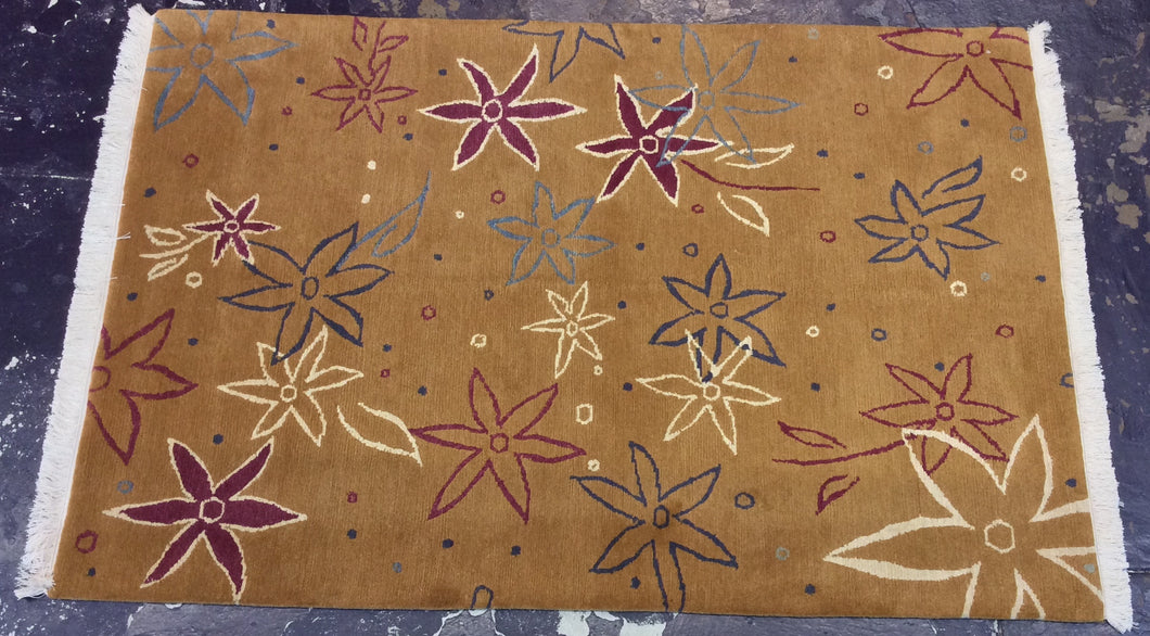 Contemporary 4 x 6 Gold Discount Rug #5279