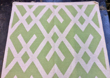 Load image into Gallery viewer, 4 x 6 India Kilim Green #67665