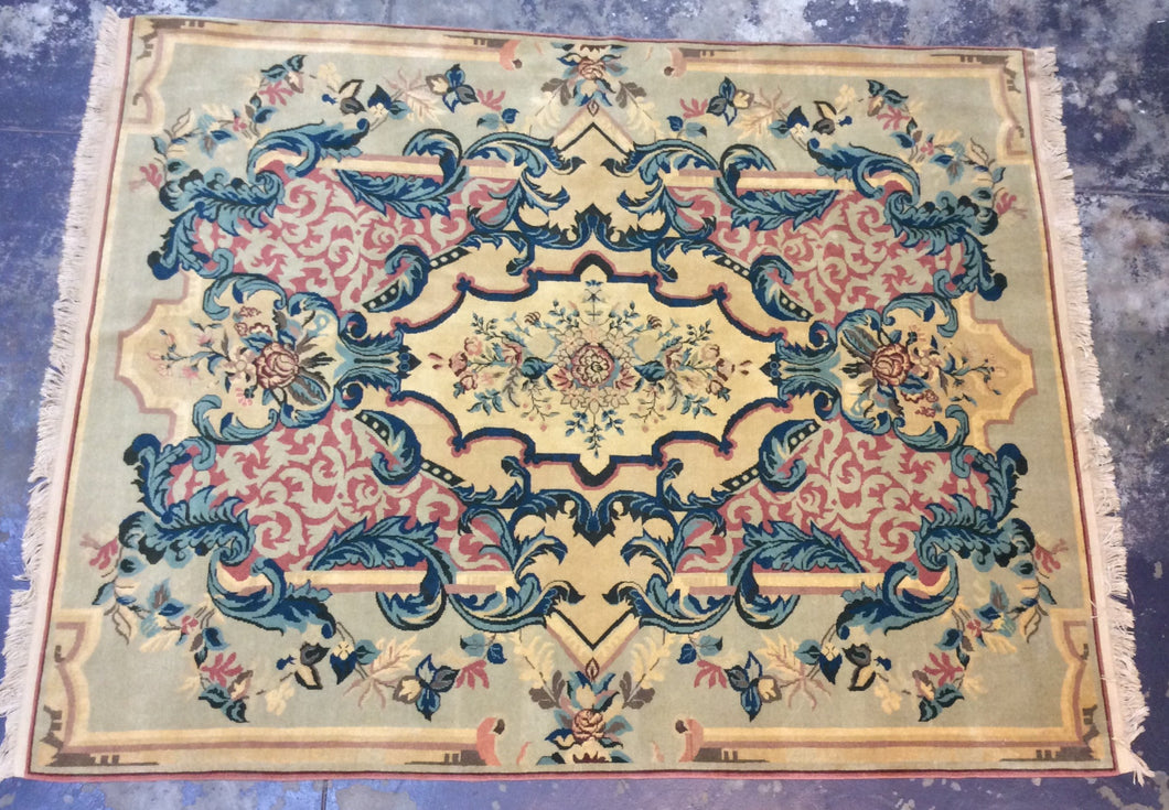 Traditional 8 x 10 Gold Rug #50991