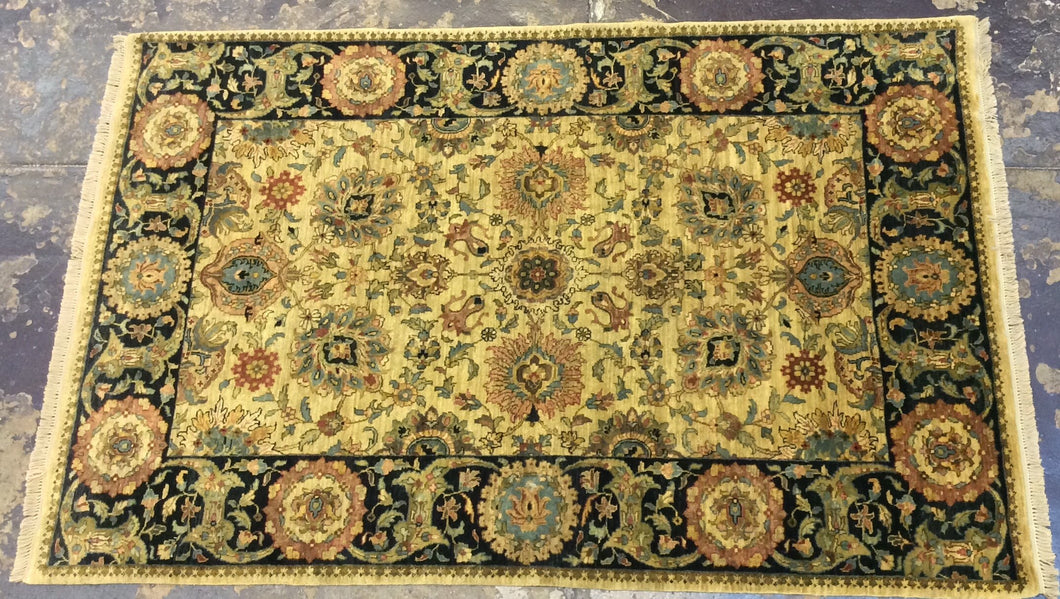 Traditional 6 x 9 Gold, Black Rug #524
