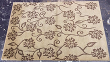 Load image into Gallery viewer, Contemporary 4 x 6 Brown Discount Rug #7332