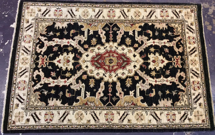 Traditional 4 x 6 Black, Ivory Rug #37830