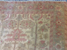 Load image into Gallery viewer, Oriental 6 x 9 Ivory Rug #7846