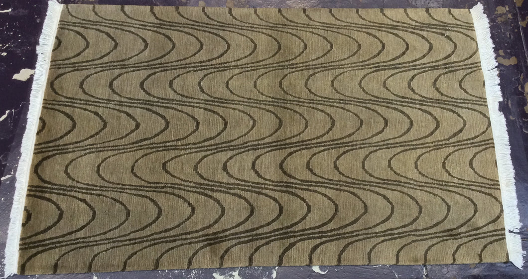 Contemporary 4 x 6 Beige Discount Rug #8603
