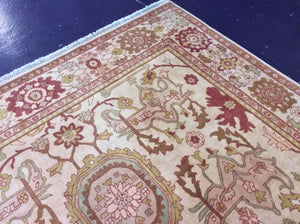 Traditional 9 x 12 Gold Rug #10826