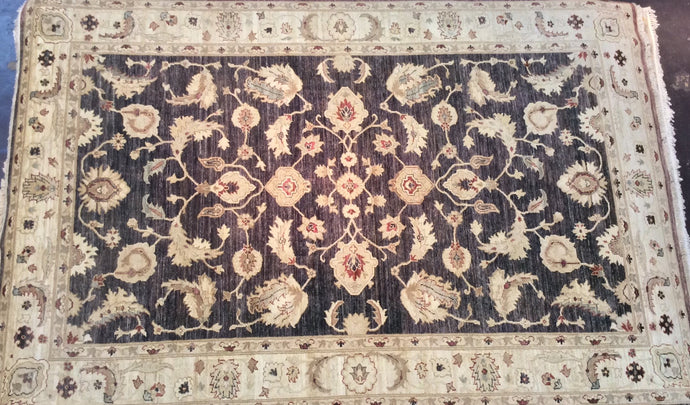 Traditional 6 x 9 Black, Beige Rug #27898