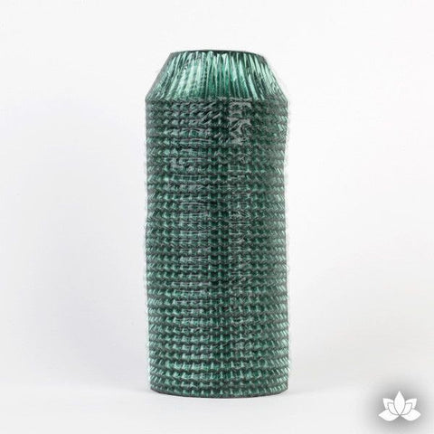 500 Green Foil Baking Cups perfect for baking cupcakes & cake decorating cupcakes with fondant & icing. 500 baking cups. Wholesale cupcake supplies.