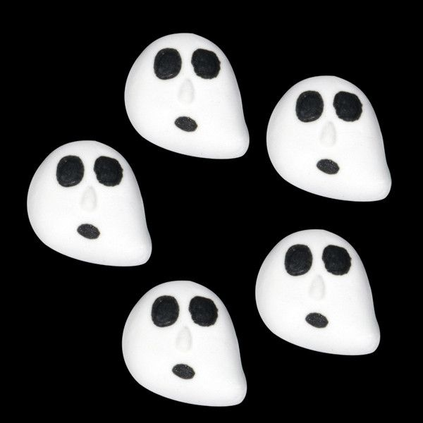 Edible Fondant Ghosts cupcake toppers perfect for halloween cakes and cupcakes.