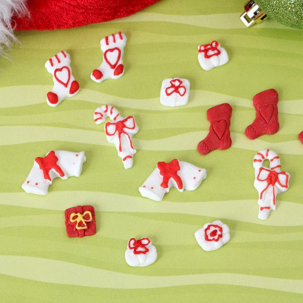 Edible Fondant Christmas CupCake Toppers perfect for christmas cakes & cupcakes.