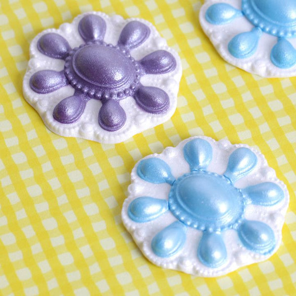 Blue and Purple Fondant Broaches perfect for cake decorating fondant wedding cakes and fondant birthday cakes and cupcakes.  Wholesale cake supply.