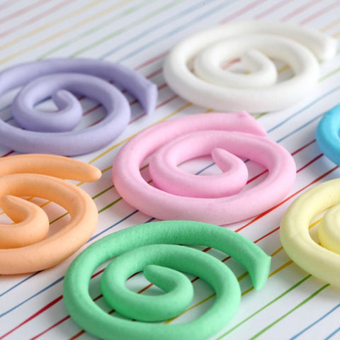 Edible Swirl Cupcake Toppers perfect for cake decorating fun cupcakes and fondant cakes.  Wholesale cake decoration supply.