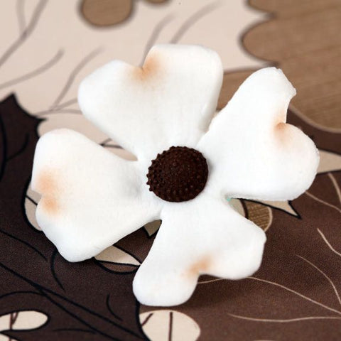 Dogwood Flower Blossom perfect for cakes and cupcakes handmade cake decoration.