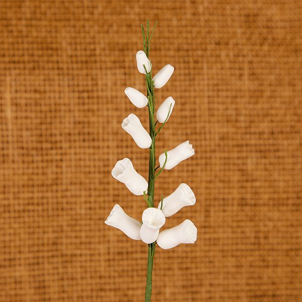 Heather Sprays in White are gumpaste sugarflower cake decorations perfect as cake toppers for cake decorating fondant cakes and wedding cakes. Caljava wholesale cake supply.
