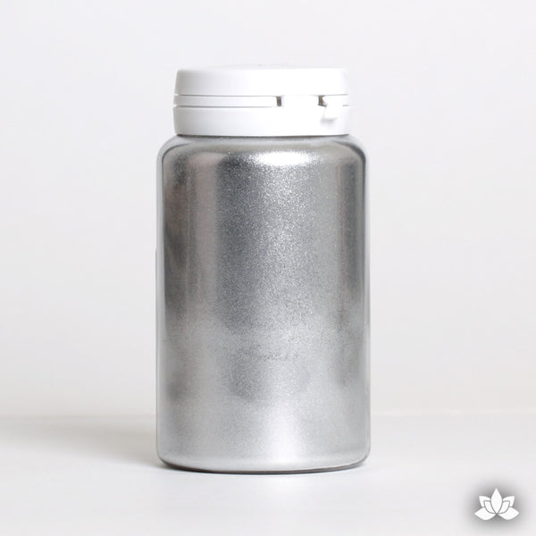 Silver metallic powder used to decorate cakes, cupcakes, showpieces, chocolate decorations, and other decorative pastry work. Non-Toxic. Water Soluble.