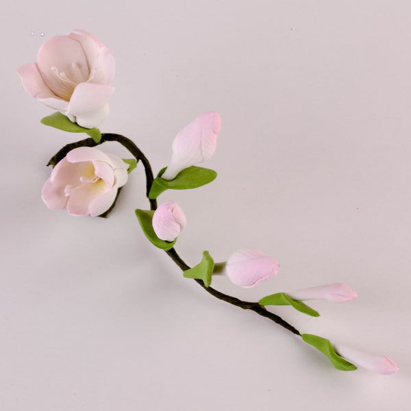 Edible Pink Freesia Filler Sprays sugar flower cake toppers and cake decorations perfect for cake decorating rolled fondant wedding cakes, cupcakes and birthday cakes and cupcakes.  Edible Cake Decoration and wholesale cake supplies.