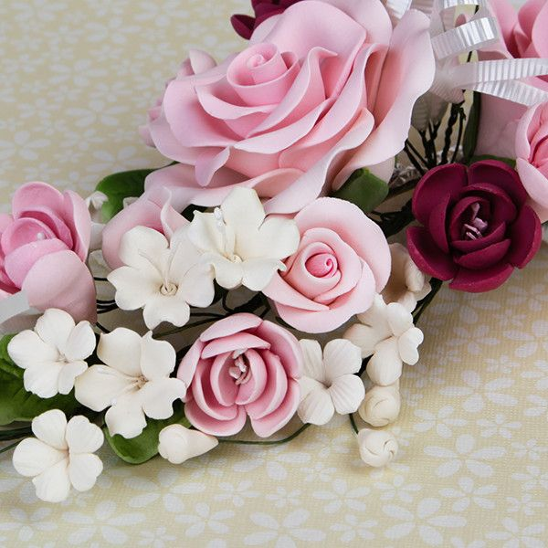 Large Open Rose Sprays are gumpaste sugarflower cake decorations perfect as cake toppers for cake decorating fondant cakes and wedding cakes. Caljava wholesale cake supply.