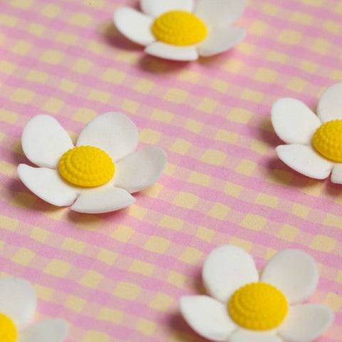 Medium White Gumpaste Flower Blossom cake decorations for cakes and cupcakes.