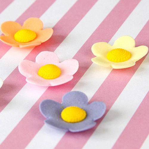 Mixed Colors of medium gumpaste flower blossom cake decorations perfect for cakes and cupcakes.