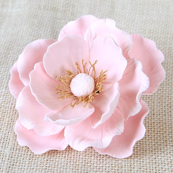 Pink Gumpaste Large Poppy sugarflower cake toppers perfect for cake decorating rolled fondant wedding cakes and birthday cakes. | CaljavaOnline.com