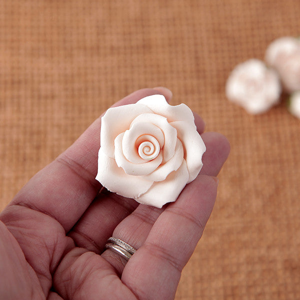 Petite Unwired Roses - Ivory